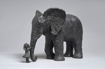 louise-au-zoo-bronze-23x355x17-cm